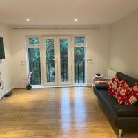 Luxurious & Cosy Apartment in Surrey