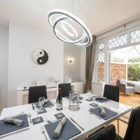 Mulberry House - Luxurious and Modern 4-Bed in Solihull near NEC,JLR, Airport, Resorts World, HS2