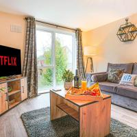 Cosy Two Bedroom, Two Bathroom Apartment in Milton Keynes by HP Accommodation - Free Parking and Wifi
