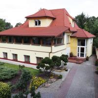 WIlla Maksymilian Bed and Breakfast, hotel near Bydgoszcz Ignacy Jan Paderewski Airport - BZG, Bydgoszcz