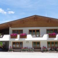 Haus Enzian, hotel in Thiersee