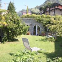 Balcone Fiorito, hotel in Menaggio