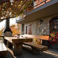 Vineyard Cottage Bregac, hotel in Smarjeske Toplice