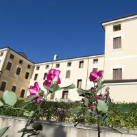 Villa Scalabrini, hotell i Crespano del Grappa