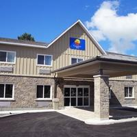 Comfort Inn & Suites Thousand Islands Harbour District, hotel em Gananoque