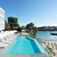 Grupotel Ibiza Beach Resort - Adults Only, hotel en Portinatx
