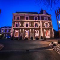 The Originals Boutique, La Maison Rouge, Lens Ouest (Qualys-Hotel)、Noeux-les-Minesのホテル