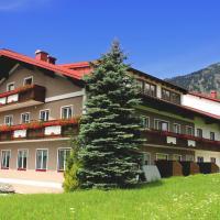 Hotel Kerschbaumer, hotel in Russbach am Pass Gschütt