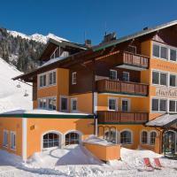 Hotel & Appartement Auerhahn, hotel in Obertauern
