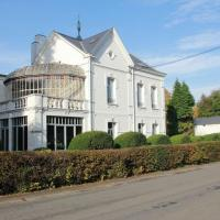 Villa Adélaïde, отель в городе Шиме