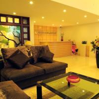Golden Globe Apartment, hotel in Ho Chi Minh City