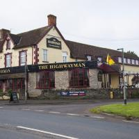 The Highwayman Inn – RelaxInnz, hotel in Shepton Mallet
