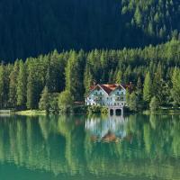 Hotel Seehaus - Only Adults - Mountain Lake Resort