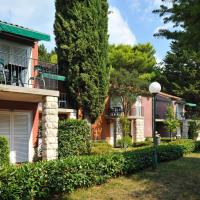 Holiday Park Vile - Terme Krka, hotel v Strunjanu