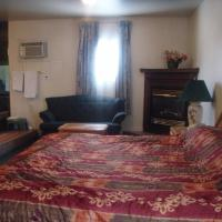 Welcome Traveller Motel, hotel near Kingston Airport - YGK, Kingston