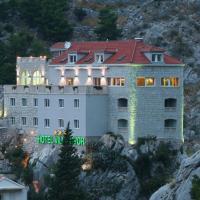 Hotel Villa Dvor, hotel in Omiš