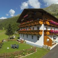 Haus Bergheimat, hotel in Prägraten
