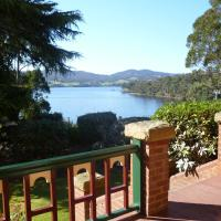 Donalea Bed and Breakfast & Riverview Apartment, hotel em Castle Forbes Bay