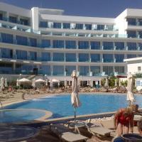 Vrissaki Beach Hotel, отель в Протарасе