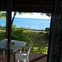 A Pueu Village, hotel em Pueu
