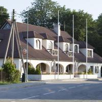 Hotel Liilia, hotell Käinas