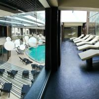 Grand Admiral Resort & SPA, hotel in Irpin