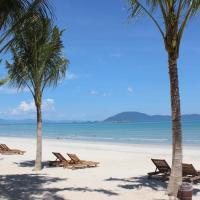 GM Doc Let Beach Resort & Spa, hotel in Doc Let