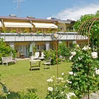 Landhotel Herzberger garni Zimmer & Ferienwohnungen, hotel in Scheidegg