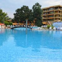Les Magnolias Hotel, hotel in Primorsko