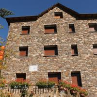 Apartaments Vilaró, hotel en Llorts