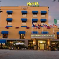 Valdenza Hotel, hotell i Campegine