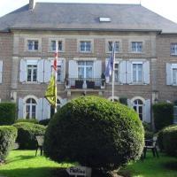 Logis Le Clos du Montvinage Rest. Auberge Val De l'Oise, hotel in Étréaupont