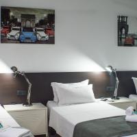 Quart Youth Hostel & Apartments