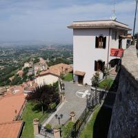 Villa dei Fantasmi, hotell i Rocca di Papa
