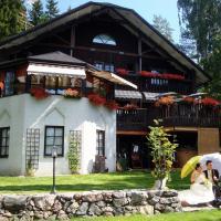 Cronin's Café & Guesthouse B&B, hotelli kohteessa Heinola