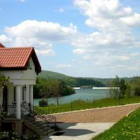 Noclegi Nad Jeziorem Myczkowieckim – hotel w Solinie