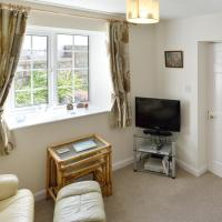 Cronk Darragh Cottage, hotel near Isle of Man Airport - IOM, Castletown