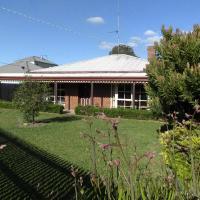 Dunstans Guest House, hotel em Ballarat