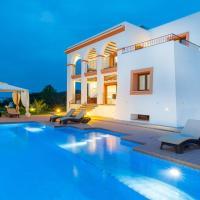 Villa Benimussa, hotel in Ses Paisses