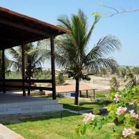 Natal Casa de Playa Paraiso, hotel in Pitangui