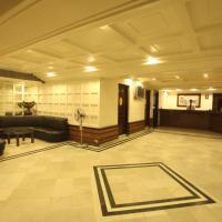 Tex Palazzo Hotel, отель в городе Сурат