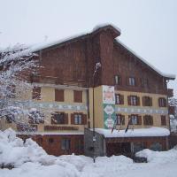 Hotel Bucaneve, hotel in Bardonecchia