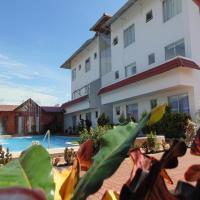 Hotel Yurak, hotel em Archidona