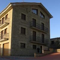 Apartamentos Eneriz, hotel en Enériz