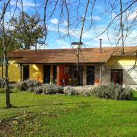 Casa Das Palmeiras-Pedagogic Farm, hotel in Mangualde