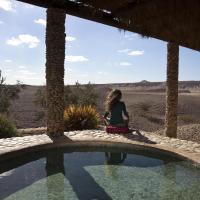 Arava Land, hotel in Zuqim