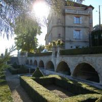 Château du Grand Jardin, hotel in Valensole