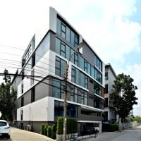 Fullrich Residence, hotel in Bangkok