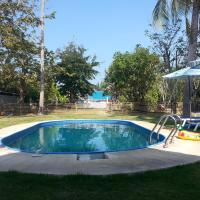 Blue Beach Resort, hotel in Sam Roi Yot