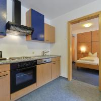 Haus Anna Apartments, hotel in Langen am Arlberg